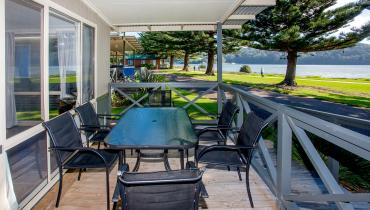 Condo Spa waterfront accommodation in Narooma NSW